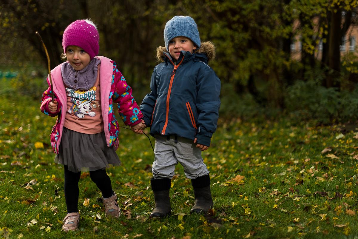 Brugt børnetøj som er nemt at røre sig i